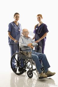 infermiere-con-il-paziente-2046845