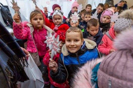 Slavic Gospel Association's 'Immanuel's Child' Program Brings Christmas Joy to Russia's 'Forgotten' Children