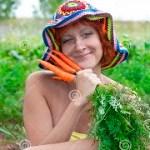 donna eccentrica felice