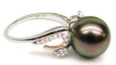 La Perla Nera aiuta le donne divorziate e la fede anti nuziale