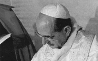 Paolo VI: la Chiesa può solo pregare