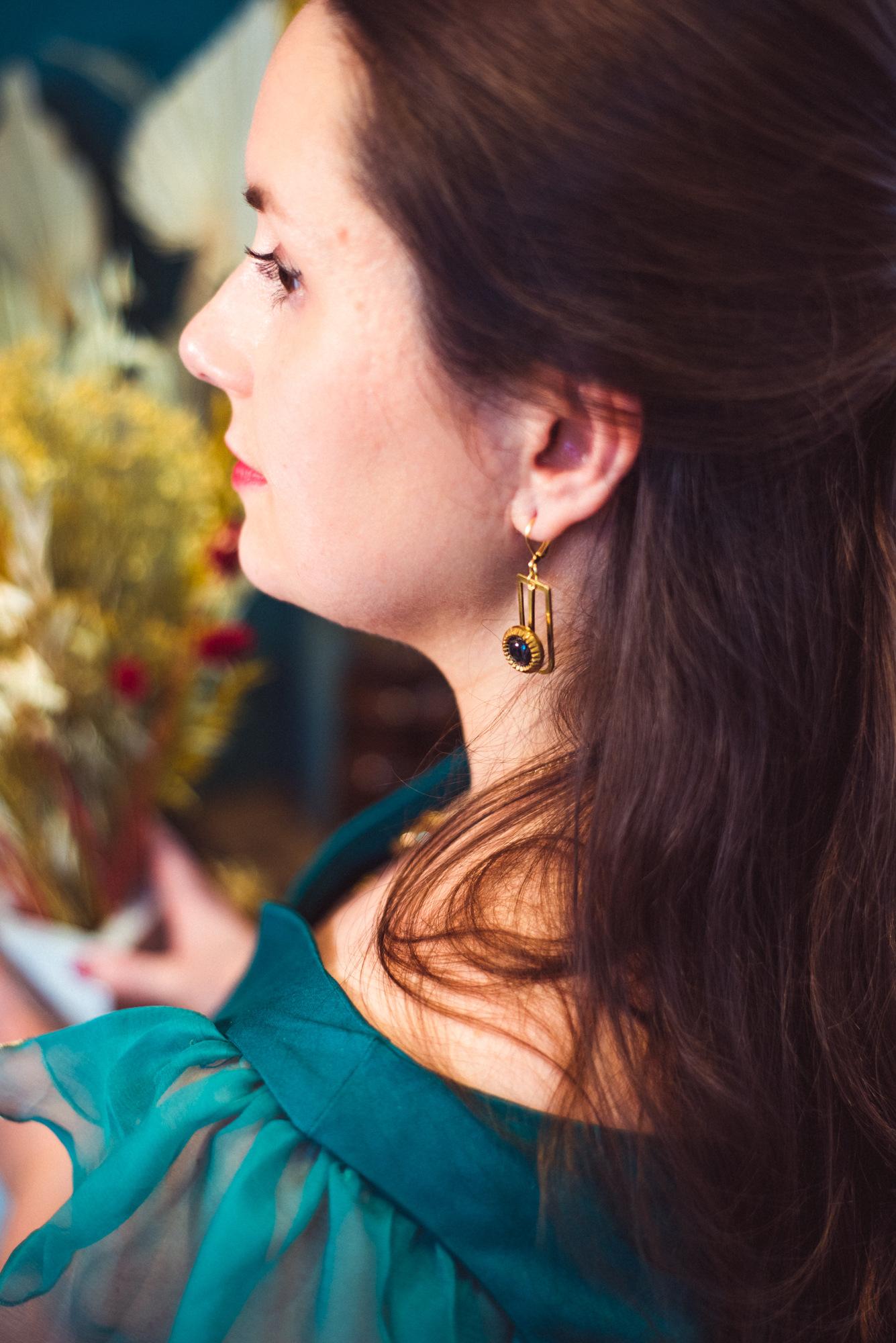 Assuna - Boucles Ysée Eva - bijoux léger géométrique bouton ancien inspiration vintage - look