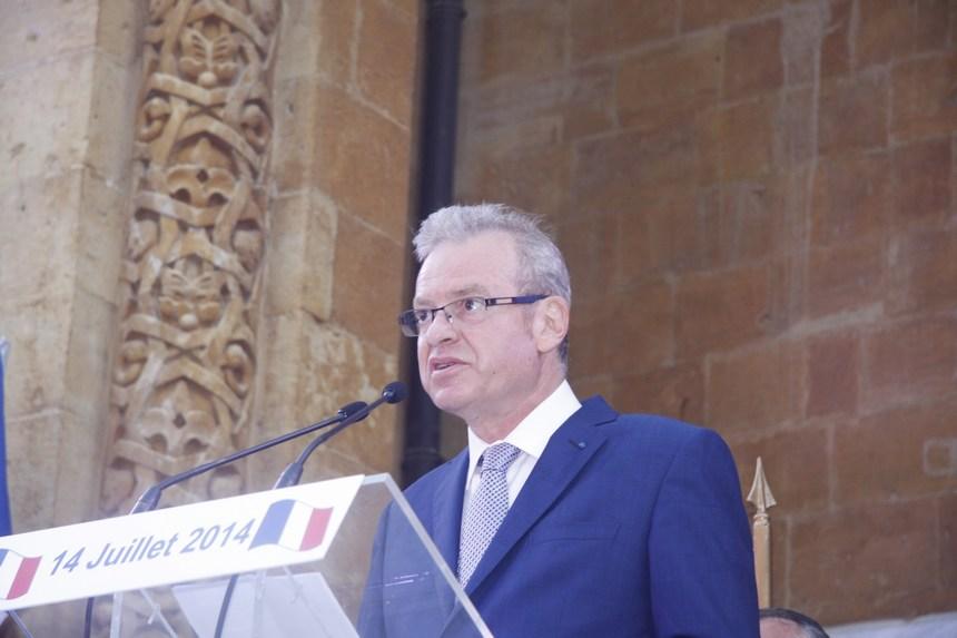 السفير الفرنسي باتريس باولي