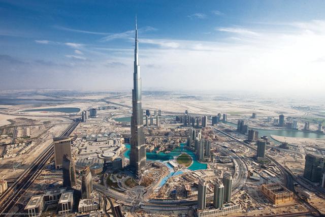 100 مليار دولار الإستثمارات الأجنبية في الإمارات