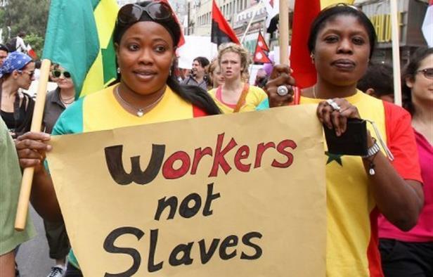 لبنان: منظمة العمل تساند عاملات المنازل الأجنبيات