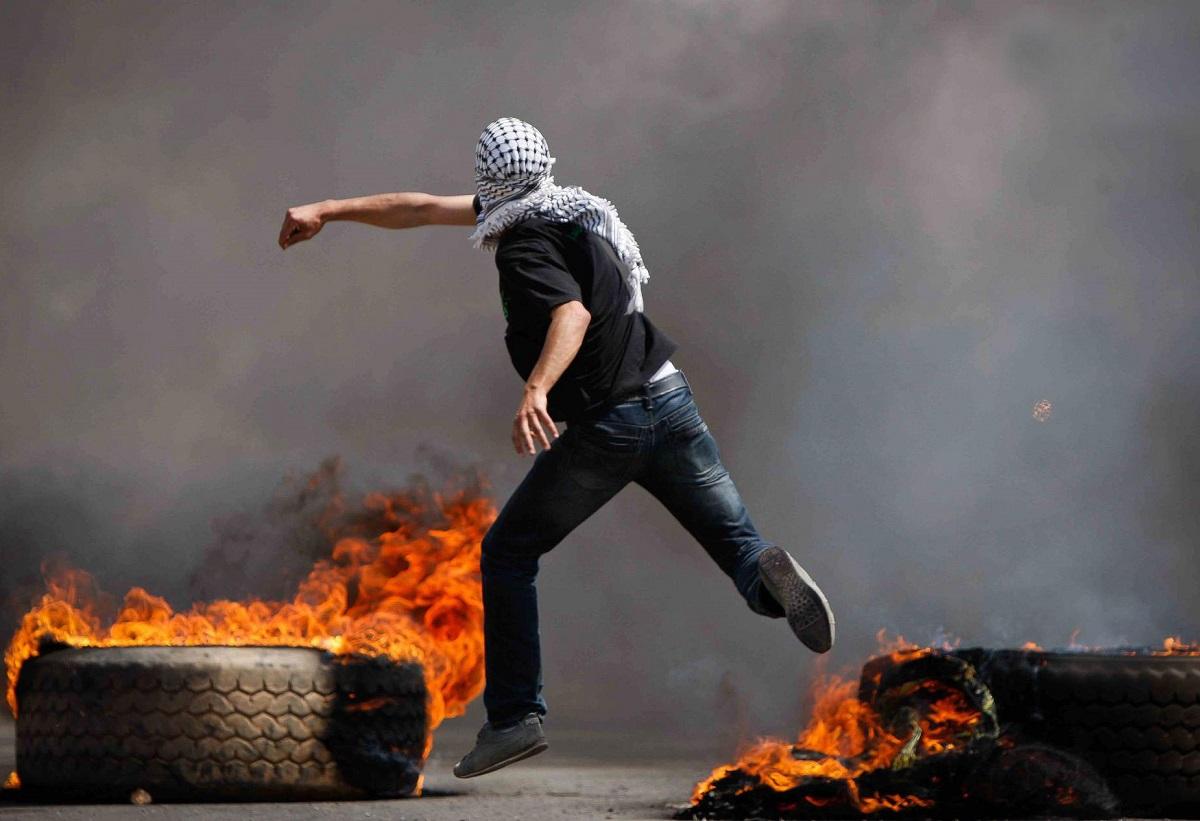 الإنتفاضة الفلسطينية المفقودة والمُفتَقَدة