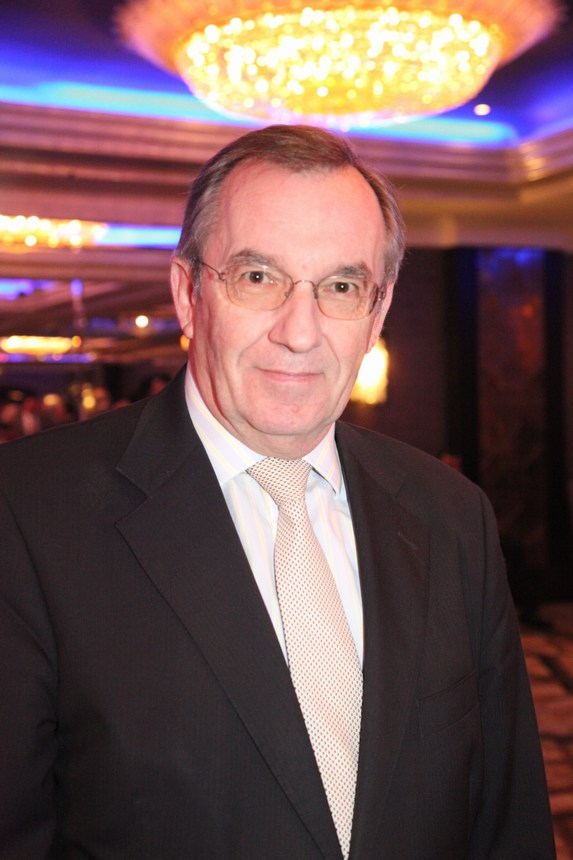 سفير بولونيا روبرتو سارميانتو