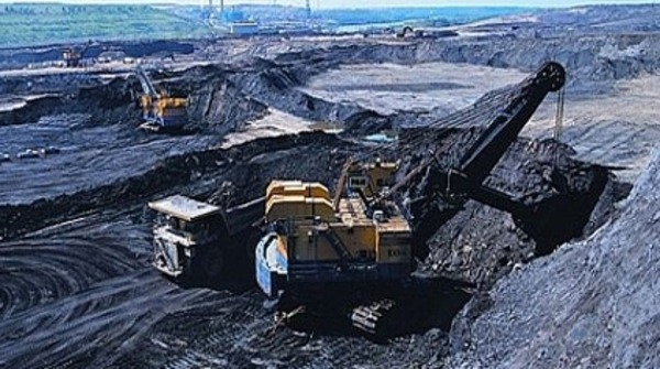 تراجع إنتاج النفط الصخري يحدّ من وفرة العرض