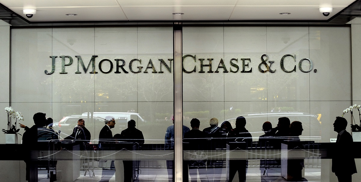 """مصرف """"جي بي مورغان تشيس"""": توحيد الجهود مع الدولة لسلب الفقراء"""