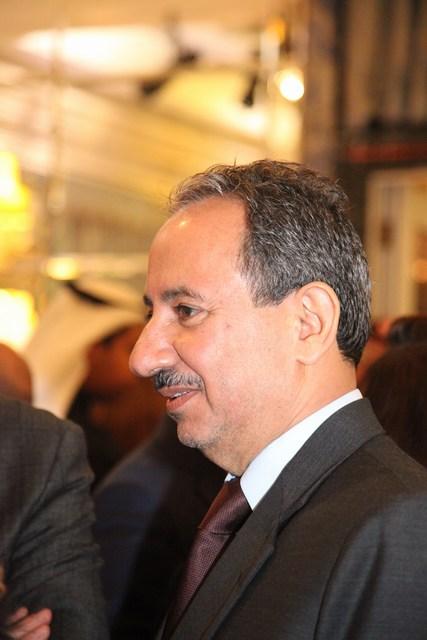 سفير سلطنة عُمان الشيخ عبد العزيز الهنائي