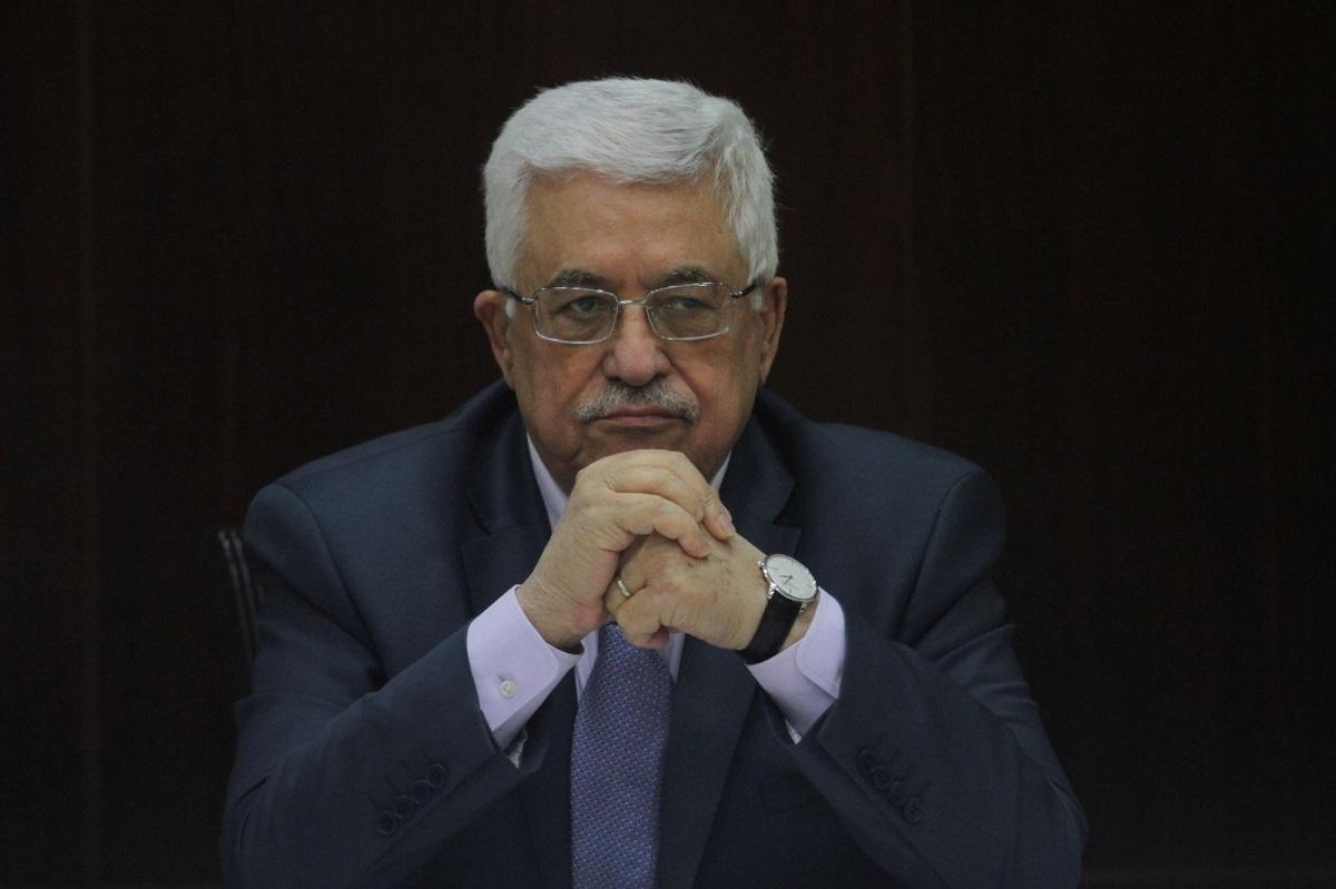 الرئيس محمود عباس: في مأزق