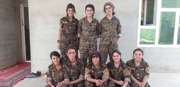 """""""وحدة النساء لحماية سنجار"""": الحرب أجبرت اليزيديات على القتال"""