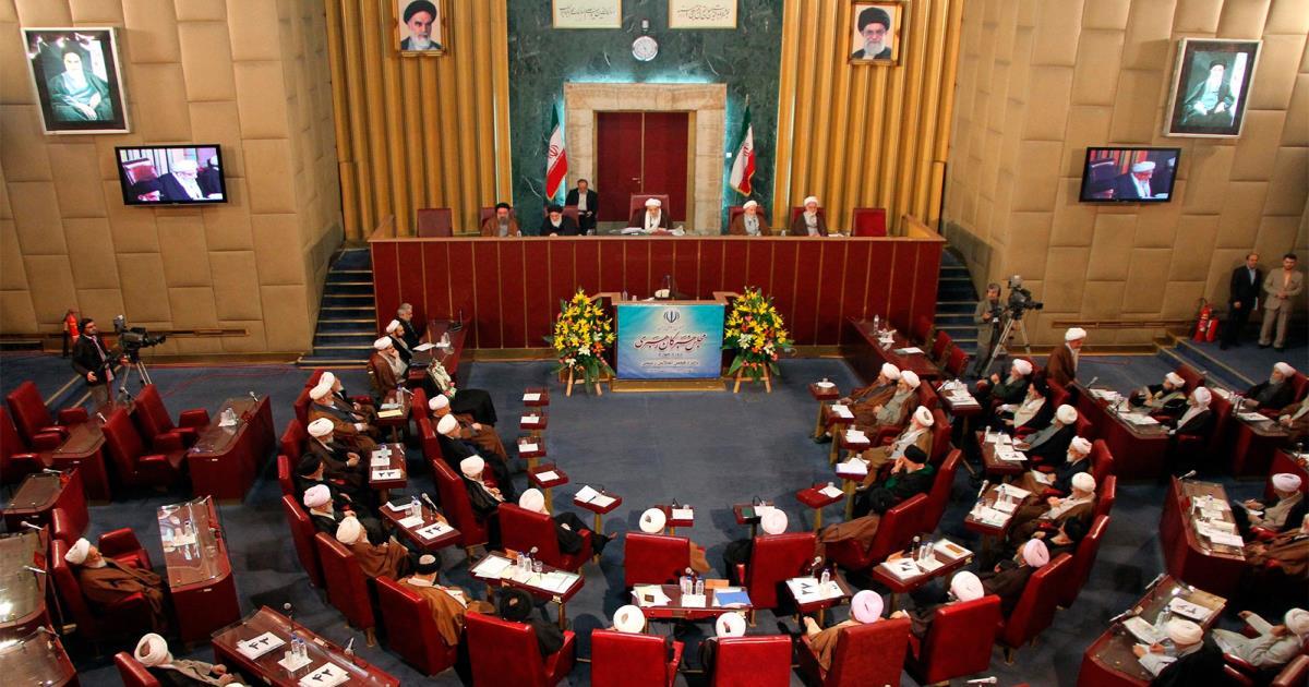 من هو المُرشد الأعلى المُقبل في إيران وكيف ستُحكَم الجمهورية الإسلامية بعد خامنئي؟