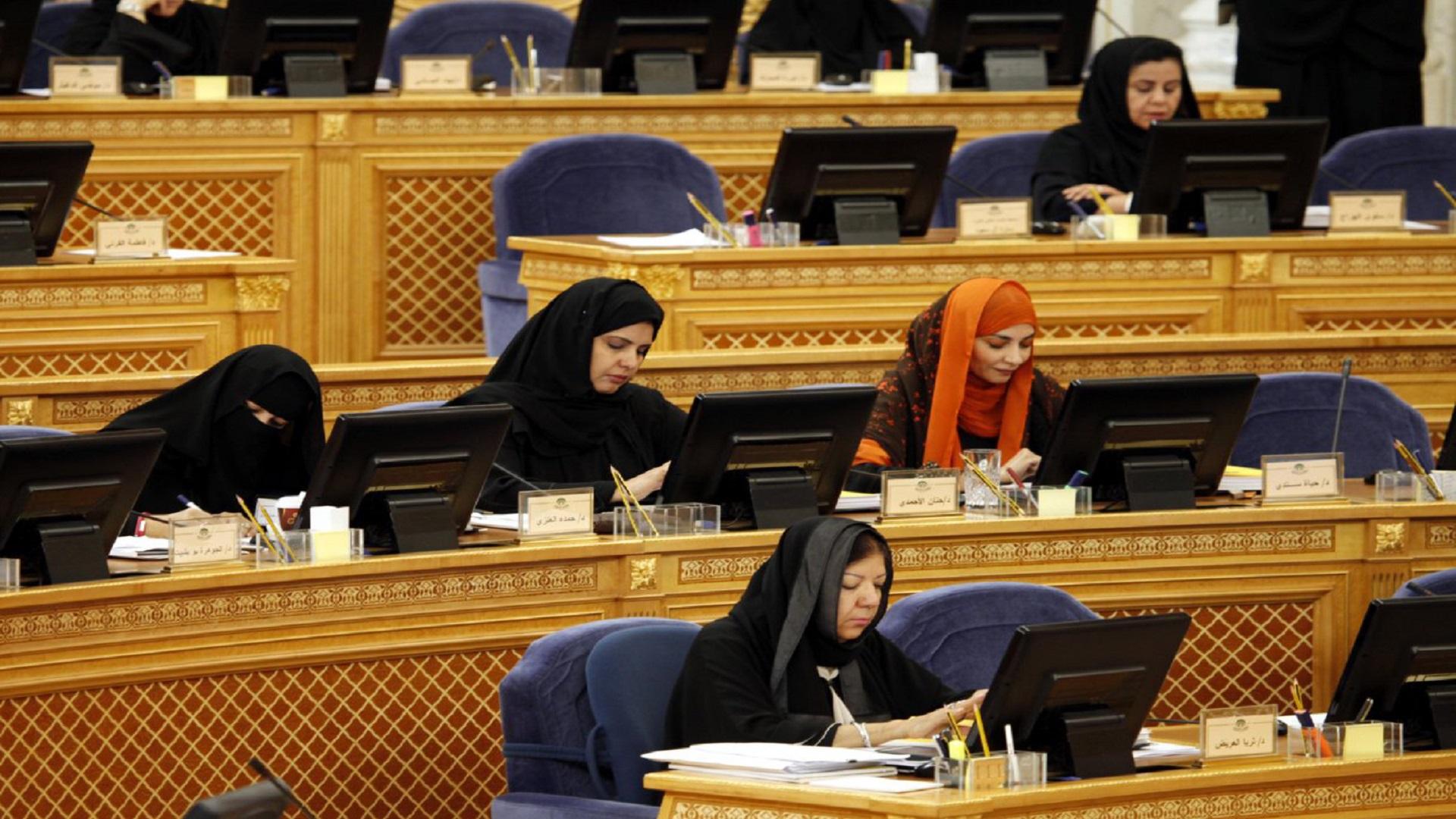هل سيُسمَح للمرأة السعودية أخيراً قيادة السيارة؟