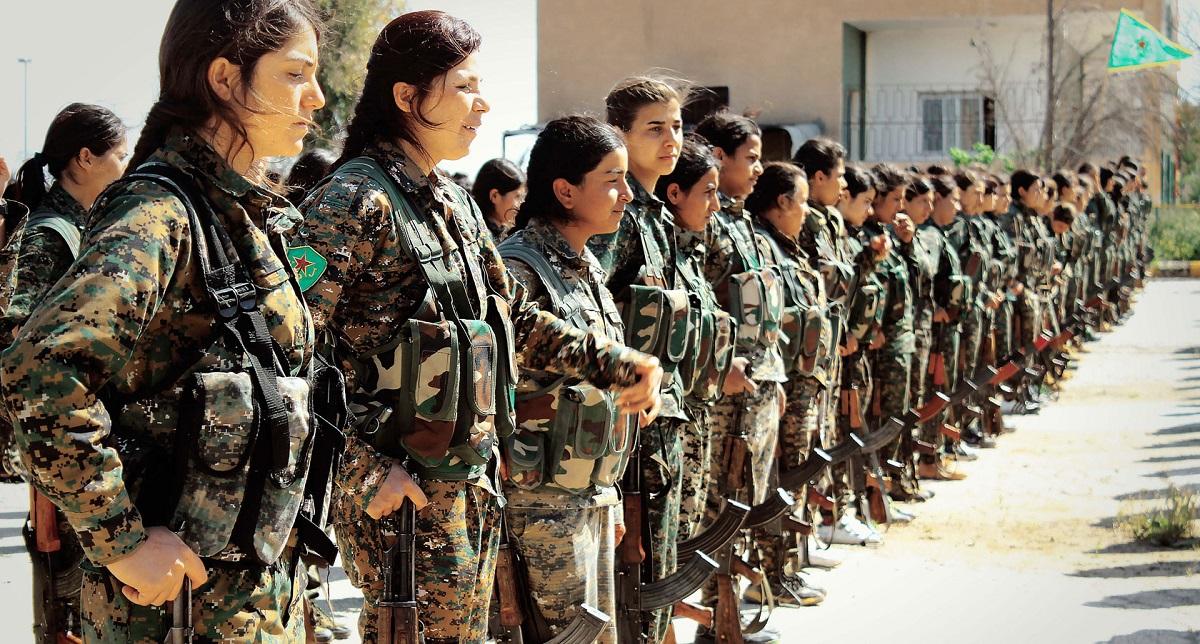 أهلاً بالمرأة في الجيش الجزائري ولكن...