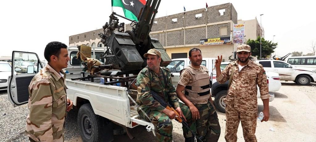 كيف تُساهِم هيكلية الإقتصاد الليبي في إثراء الميليشيات