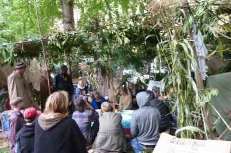 Occupy Sukkah. RABBI DEBRA KOLODNY - AS THE SPIRIT MOVES US