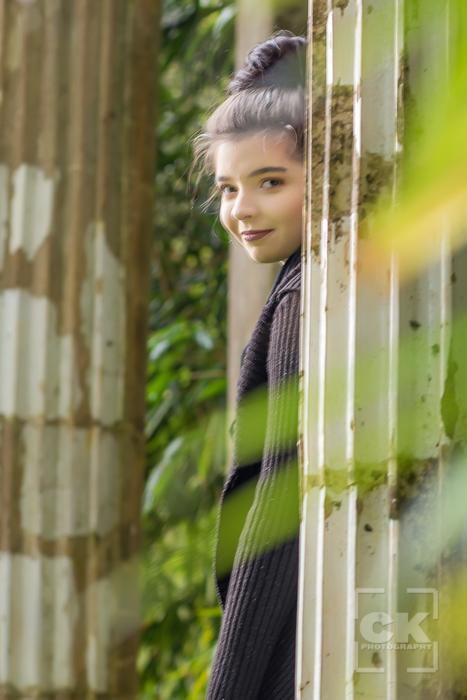 Astoria Senior Photography - senior photos girl Shively Park