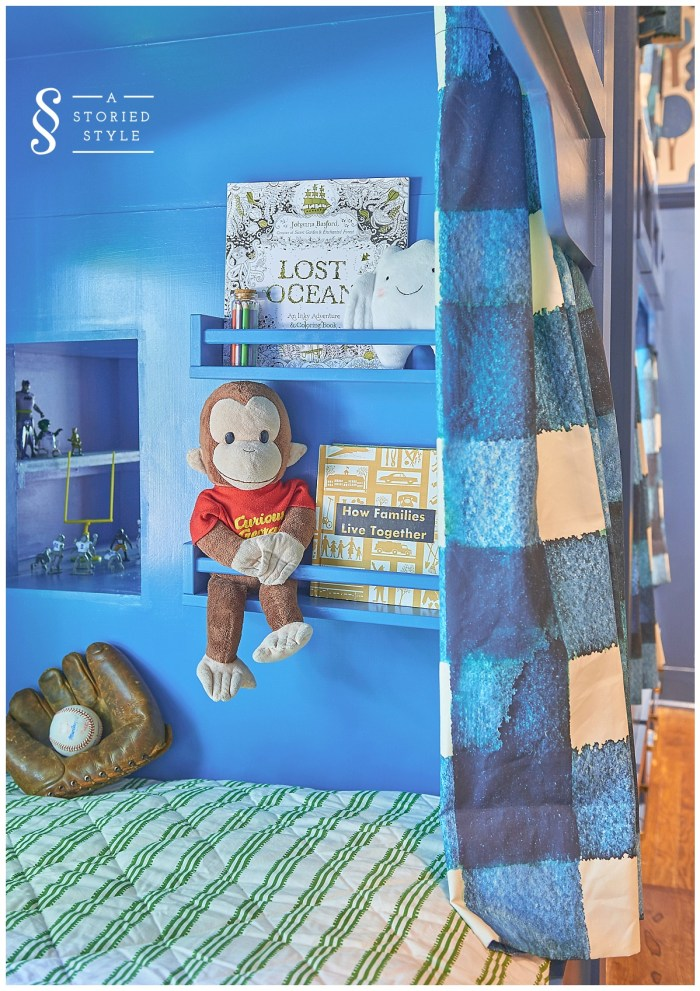 bunk room shelves and nook