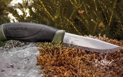 morakniv-companion-heavy-duty-knife-review