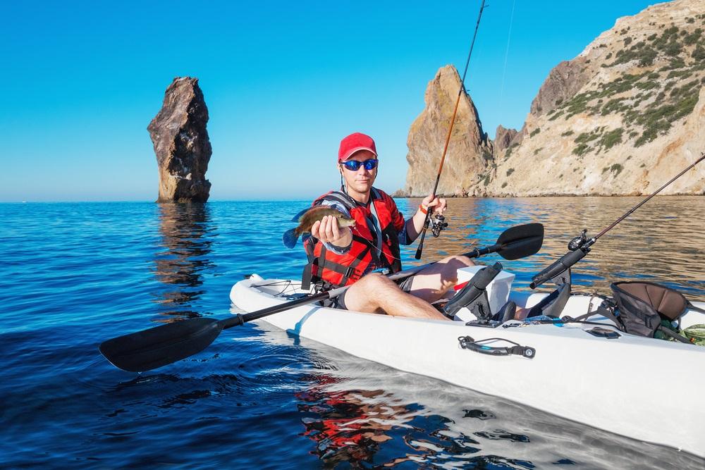 best kayak fishing pfd reviews guide 2018 a straight arrow rh astraightarrow net Kayak Graphics Kayak Graphics