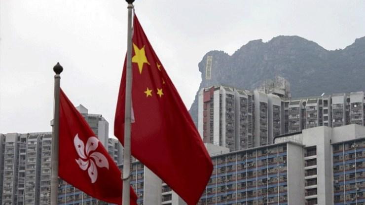 Το Πεκίνο αντιδρά στην ανακοίνωση της Ύπατης Αρμοστείας για το Χονγκ Κονγκ