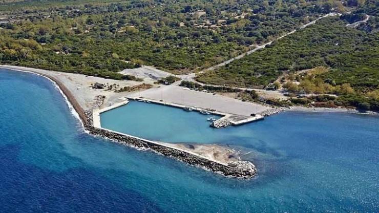 Λύση στο θέμα του αποκλεισμού της Σαμοθράκης δρομολογεί το υπουργείο Ναυτιλίας