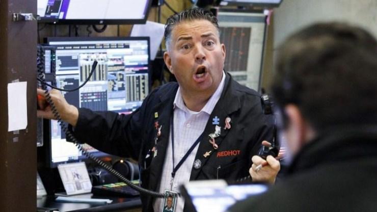 """""""Πανικός"""" αυτήν την ώρα στη Wall Street"""