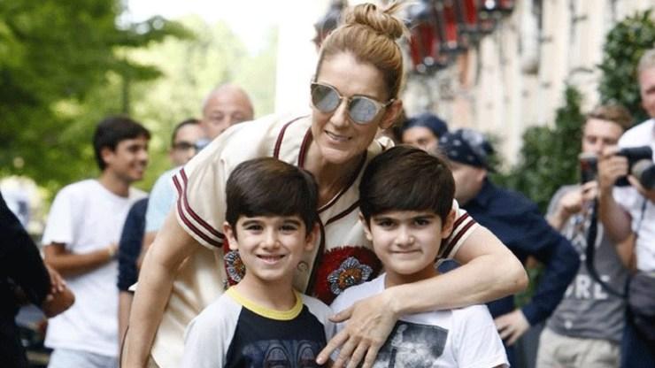 Celine Dion: Η σπάνια φωτογραφία με τους δίδυμους γιους της από τα γενέθλιά τους