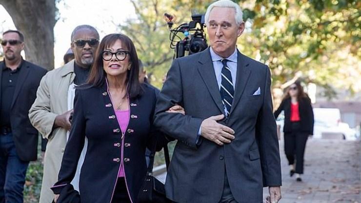 ΗΠΑ: Ξεκίνησε η δίκη του Ρότζερ Στόουν, πρώην συμβούλου του Τραμπ
