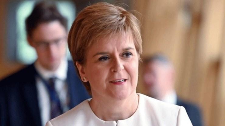 Σκωτία: Δεν θα μας κρατήσουν στο Ηνωμένο Βασίλειο χωρίς τη θέλησή μας
