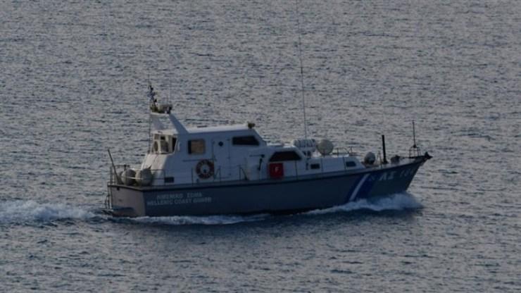 Ρυμουλκείται σε ασφαλές αγκυροβόλιο στην Κάλυμνο το πλοίο που έμεινε ακυβέρνητο