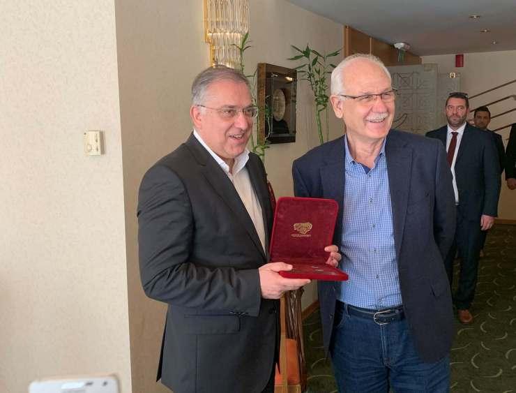 Για έργα 12 εκατ. ευρώ στο δήμο Λαρισαίων δεσμεύτηκε ο Παναγιώτης Θεοδωρικάκος