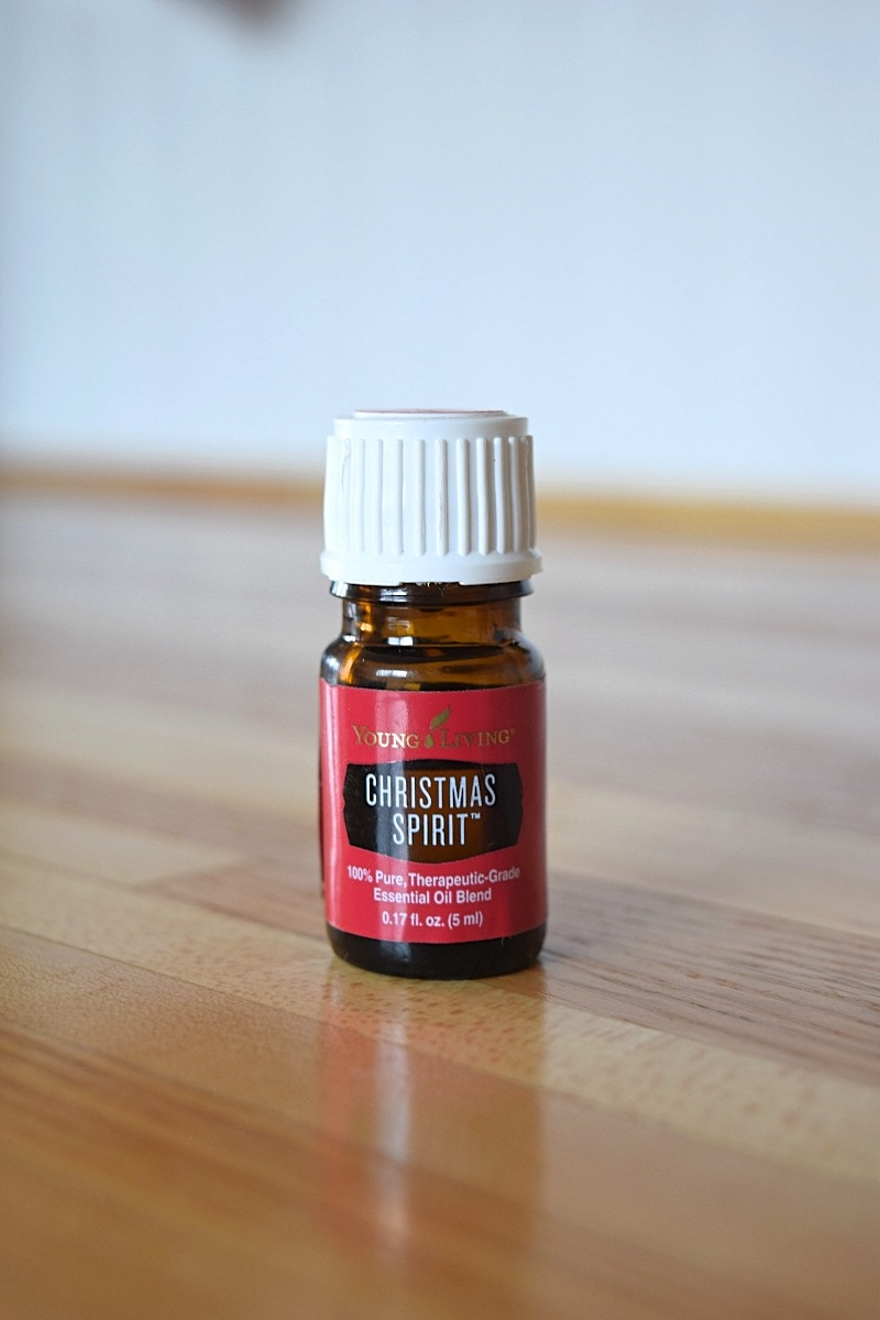 5 Reasons Why You Should Use Christmas Spirit Essential Oil A