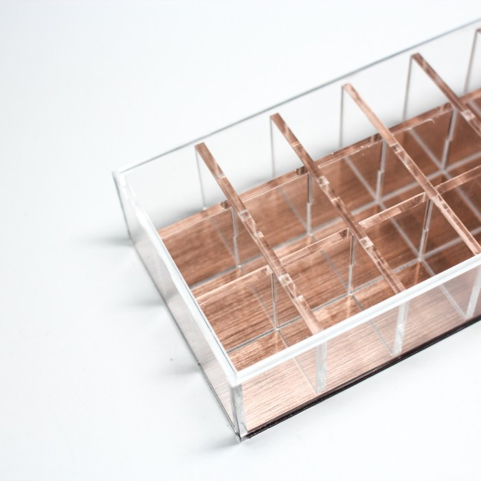 Rose Gold Acrylic Removable 24 Partition Lipstick Organizer