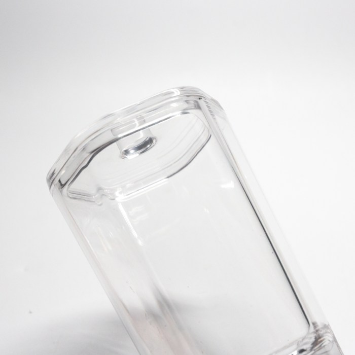 Hexagonal Shapes Snow Design Bottle with lid Clear