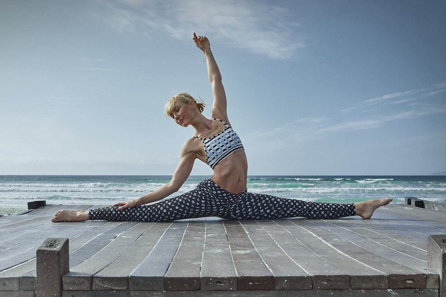Astrid M Obert Photography presents YOGALIEBE by Anna Kleb