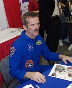 El astronauta Chris Hadfield en 2.012.  Crédito: Eviatar Bach