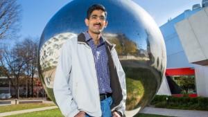 El Dr. Aditya Chopra. Crédito: Stuart Hay, ANU