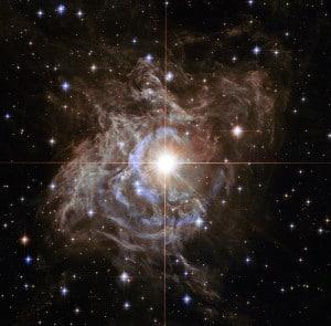 RS Pupppis, una de las estrellas variables Cefeidas más brillantes de la Vía Láctea. Crédito: Hubble/NASA