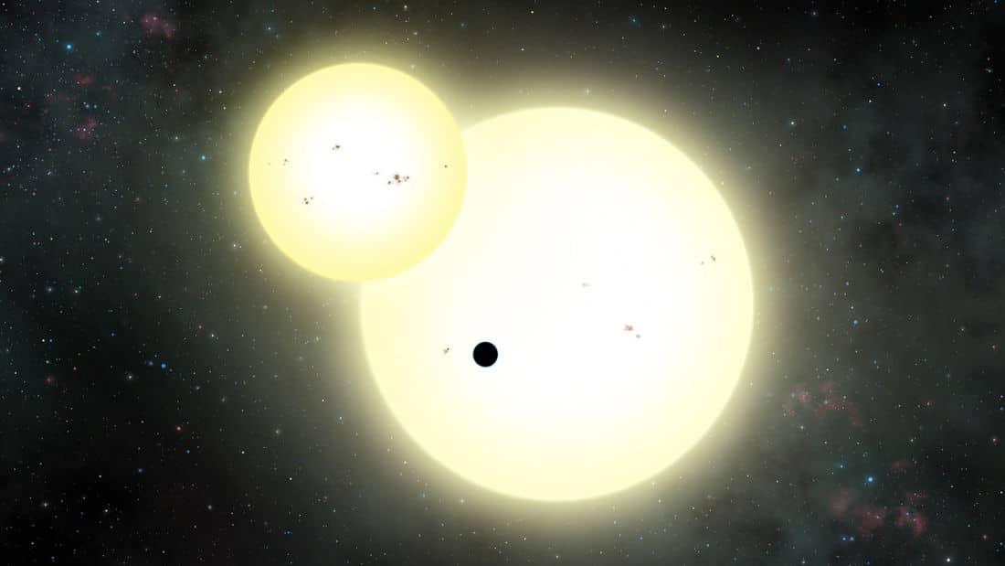 Un planeta circumbinario enorme