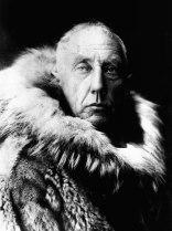 Roal Admunsen, un explorador noruego.