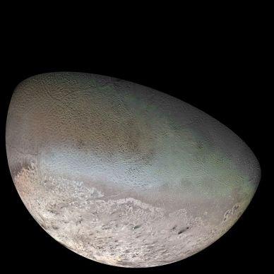 Tritón, fotografiado por la sonda Voyager 2. Crédito: NASA