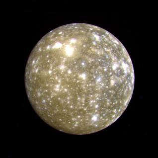 Calisto fotografiado por la sonda Voyager 2. Crédito: NASA