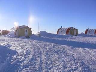 Het Frans-Italiaanse Concordia Research Station op Dome C