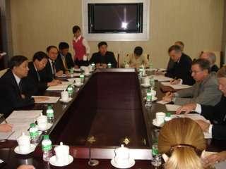 NASA-baas griffin in gesprek met de Chinese ruimtevaartbazen