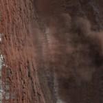 HiRISE ziet 'live' lawines op Mars!