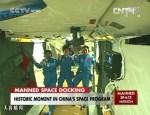 Shenzhou-9 capsule succesvol gekoppeld aan Chinees ruimtestation Tiangong 1