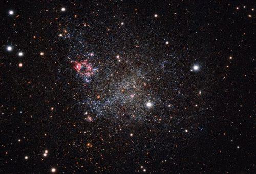 Deze foto, gemaakt met de OmegaCAM-camera van ESO</p data-recalc-dims=