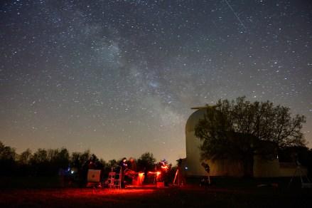 Messierov maraton ispred zvjezdarnice Tičan.